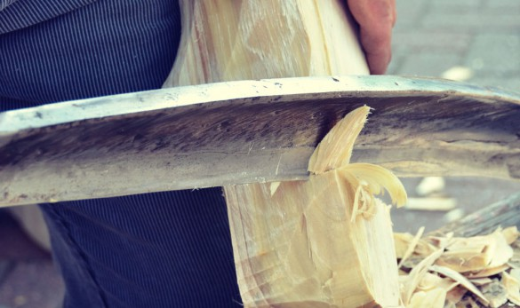 Snijpaard - klompenmaken - vormgeven - klompen
